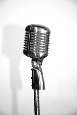 article_microphone.jpg