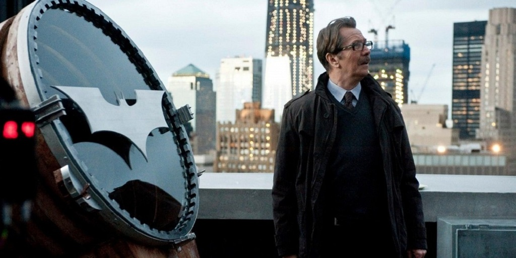 I'll probably get flamed for this too, but I actually think Gary Oldman is quite a talented actor.