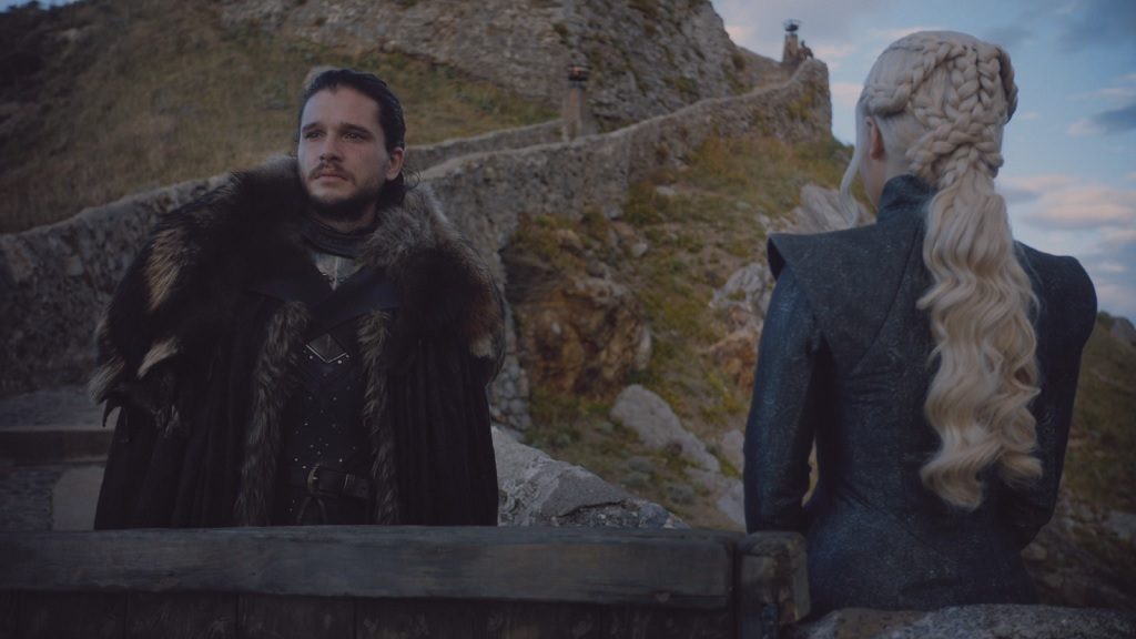 How does Jon not get hot? Everyone else at Dragonstone is wearing normal clothing, he`s bundled up like it`s December in Minnesota.