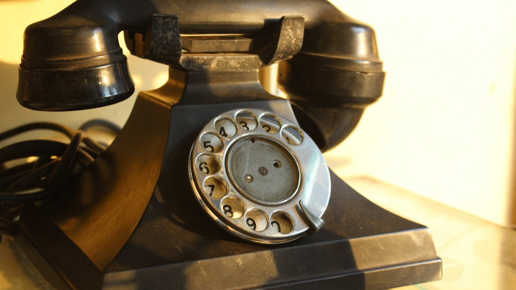 """I'm just assuming this is what their phone support network looks like. It's run by a guy with a top hat and muttonchops who pulls on his suspenders and yells """"Horsefeathers!"""" whenever the telephone lines catch fire."""