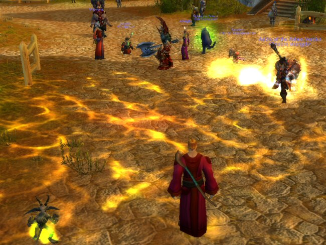 It's impossible to follow a duel. It's just a fountain of particle effect from two people as they dash through a crowd of other players.