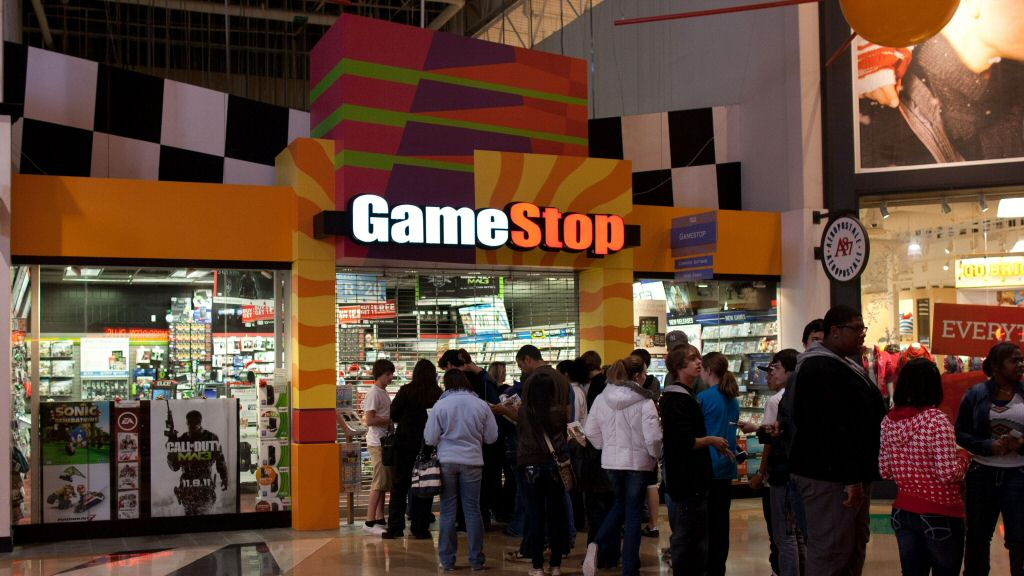 The front of this GameStop looks like it was designed for the world of 1997. Which is kinda fitting, if you think about it