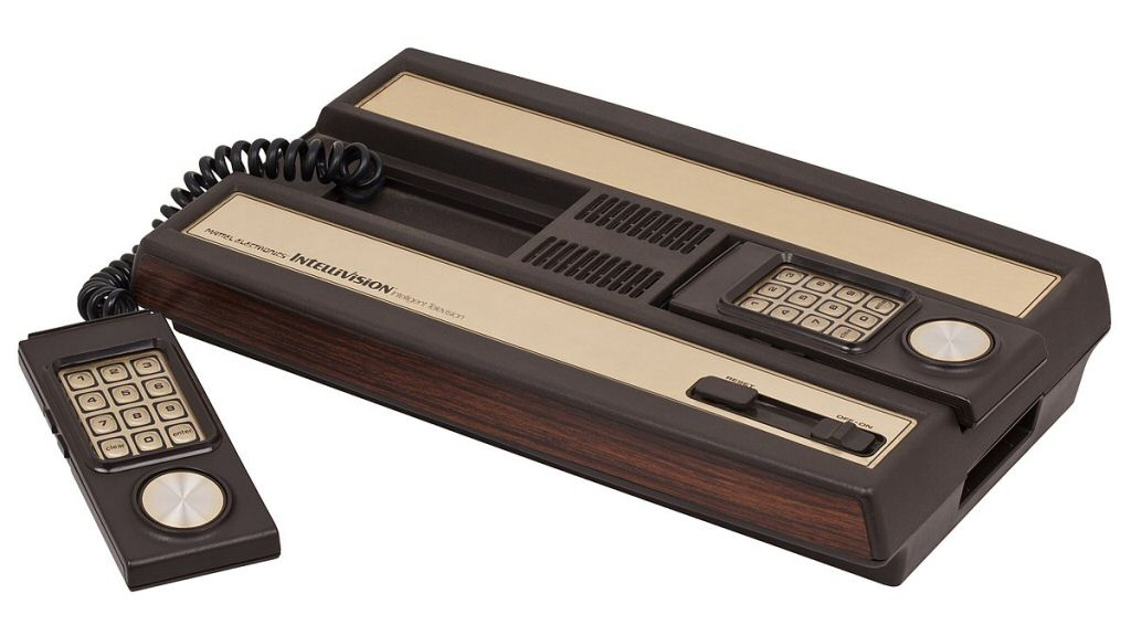 Oof. Those controllers. In 1979 they apparently hadn't invented ergonomics yet.