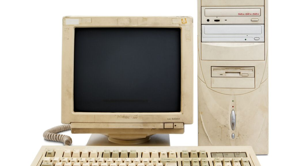 The 90s brought us the full RAINBOW of PC case colors, from infra-taupe to ultrabeige.